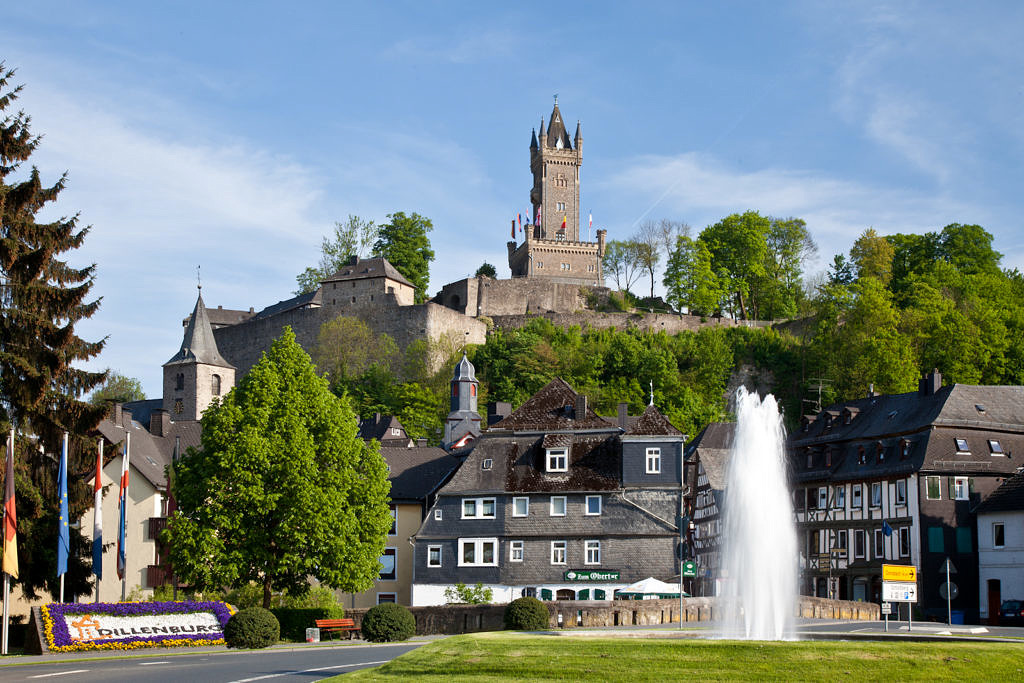 Optimized processes for the city of Dillenburg with invoice workflow and eFile