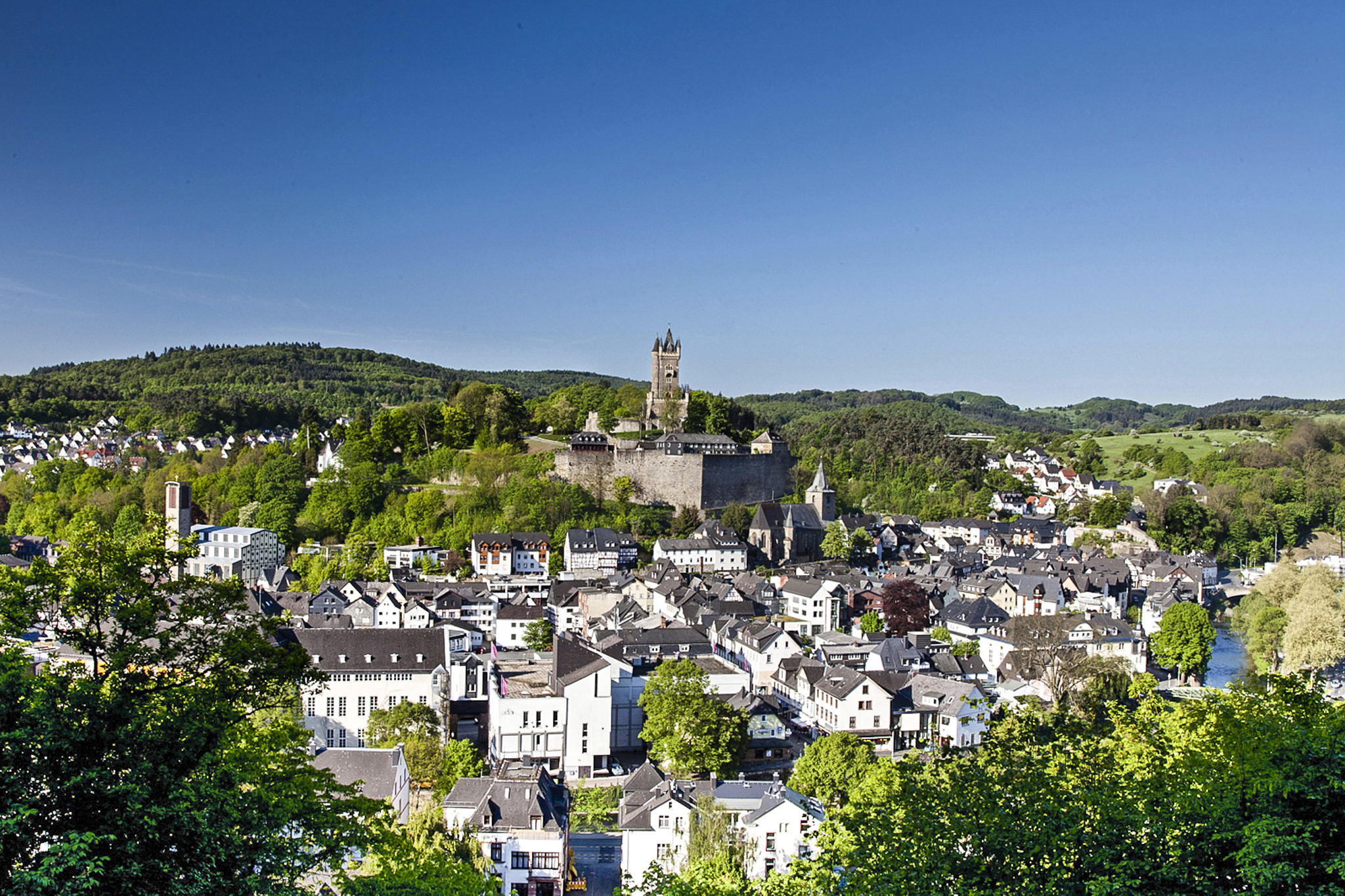 Reference City of Dillenburg - Efficient, paperless file management